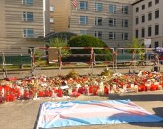 US Embassy Berlin - Gedenken der Opfer von Orlando